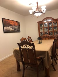 Dining set with China cabinet Las Vegas, 89110