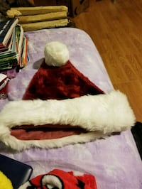 christmas hat in ok condition  Westfield, 01085
