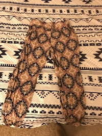 gray and black floral textile Columbus, 43235