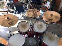 Complete drum set with cymbals and hardware Haltom City