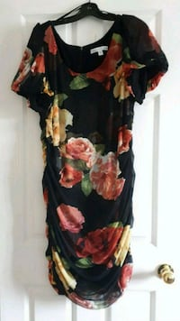 Le Chateau dress plus size 20  fits size 16-18 Toronto