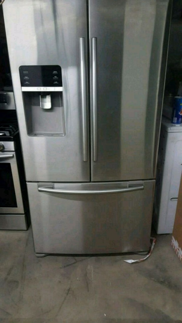 stainless steel french door refrigerator 585d001a-232c-47e0-9505-40ac722bbcaa