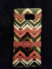 Gold, white, and pink chevron print phone case