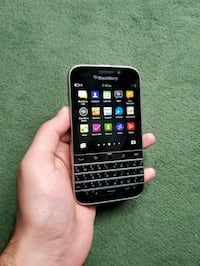 BlackBerry Classic. Unlocked. With charger! Toronto, M9V 1B2