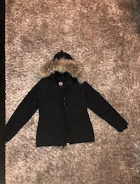 Authentic Women's Canada Goose Parka 545 km