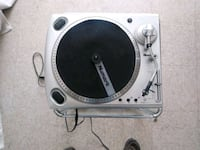 Numark ttusb turntable with preamp built in Chicago, 60629