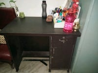 Need to sell as soon as possible 6months old table New Delhi, 110049