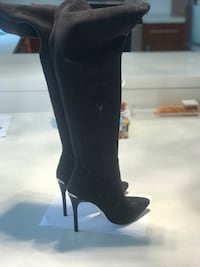 Michael Kors suede 24' tall boots size 9 Richmond Hill, L4C