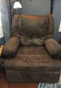 Recliner with massager 2242 mi