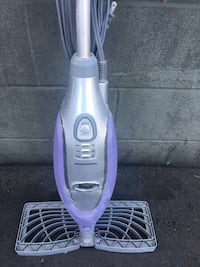 purple and gray Shark upright vacuum cleaner Los Angeles, 90020