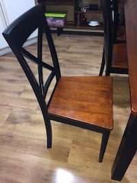 Black and brown wooden dining table Brantford, N3R 2W8