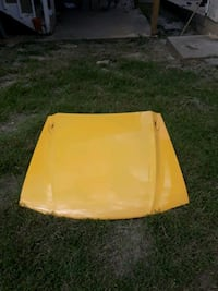 4th gen. (94-04) Ford mustang hood. Very good! Readyville, 37149