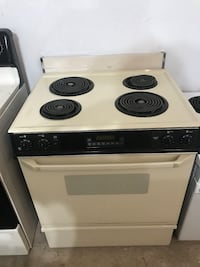 Electric stove with 30 day warranty  Memphis, 38115