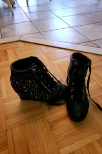 Girl shoes size 6 Vaughan, L6A 3G5