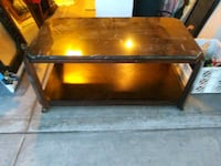 Coffee table/Tv stand/multiple uses.awesome shape. Las Vegas, 89120