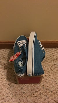 Unworn light blue vans with box size 7  Clifton, 20124