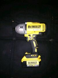 DeWalt cordless hand drill with charger Arvada, 80003
