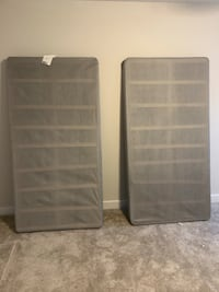 2 twin box spring  Middletown, 21769