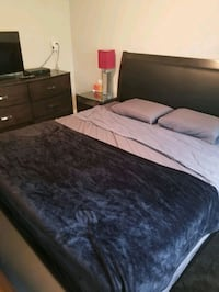 Bedroom set. King Bed, dresser and 2 night stands Toronto, M3C 2G8