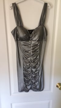 gray satin sweetheart neckline sleeveless ruched dress Cambridge, N3H 2H1