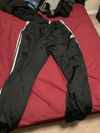 men's adidas pants XL Whitby, L1P 1T7