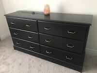 3 pcs master bedroom set.  Richmond Hill, L4C 7V6