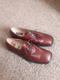 Unlisted shoe Bedford, 76021