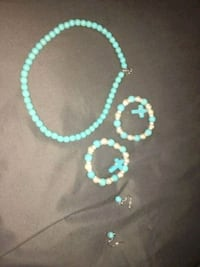 teal and white beaded necklace Seabrook, 77586