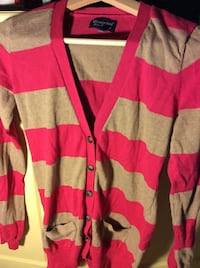 Ladies size medium beige and pink sweater cardigan Kingston, K7P 0K6