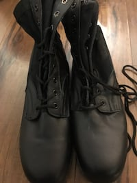 Men's work boots size 13