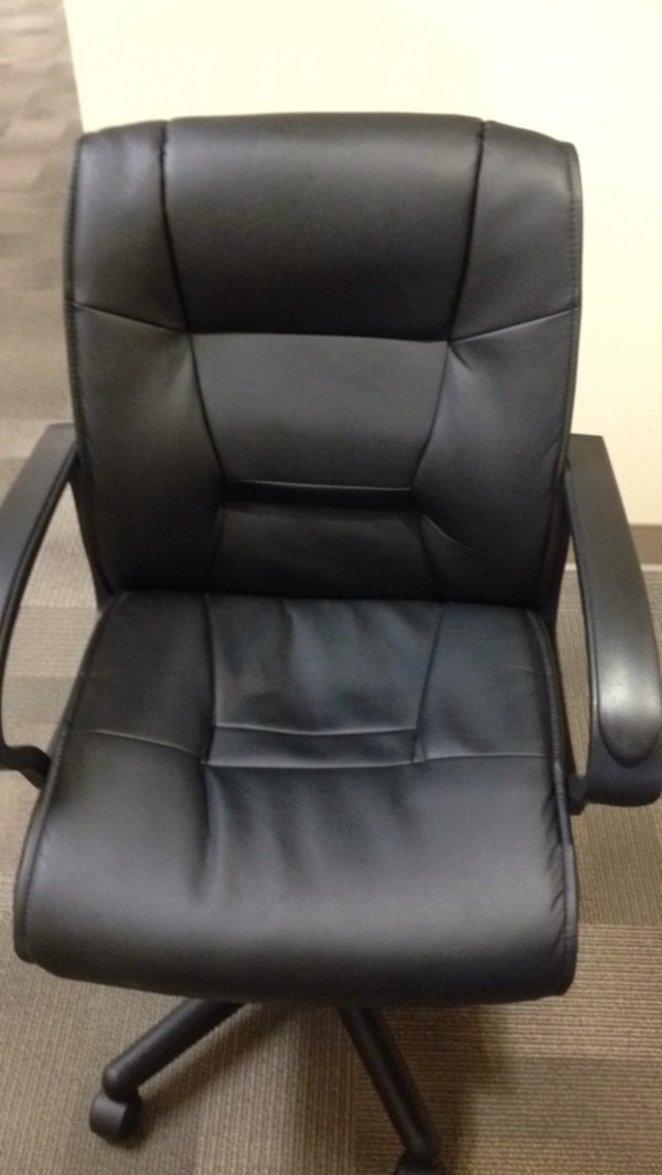 Comfy leather desk chair