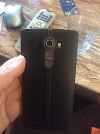 black LG G4 leather back smartphone Sarnia, N7T 2R1
