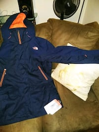 North face coat blue and orange Chicago, 60616