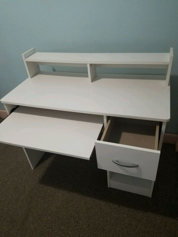 Used White Computer Desk With Pull Out Keyboard Tray For Sale In