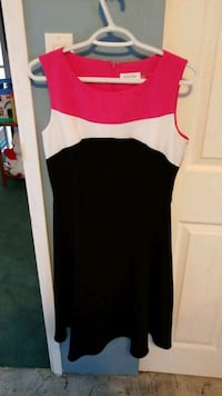 Like new Calvin Klein Dress Duncan, V9L 5W7