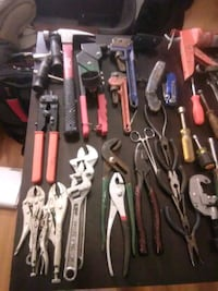 assorted hand tools in case Tulsa, 74129