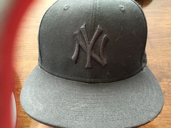 0374a0f2c32c6 Used Black new york yankees fitted cap for sale in New Egypt - letgo