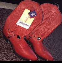 Size 8 Red & Black Cowgirl boots (Brand New) Never been worn