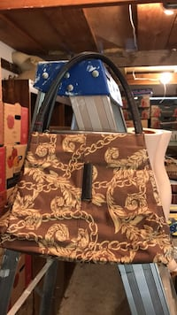 black and brown leather tote bag Vancouver, V6H 1S7