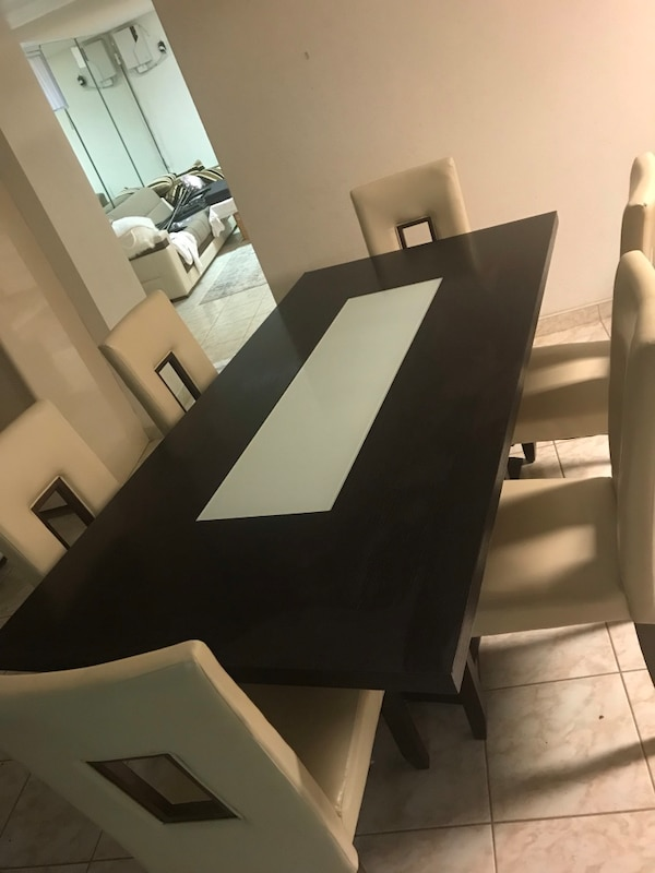 Used Beautiful Modern Dining Room Set Made In Italy Great Condition For Sale New York
