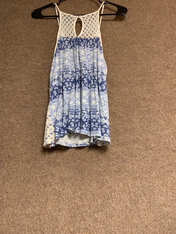 white and blue floral sleeveless dress 3e6df658-dd10-48af-aac2-5a910b8dda2d