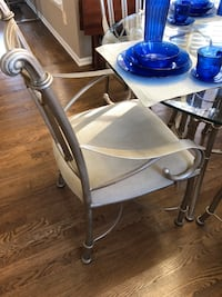 Pewter dining table 4 chairs Lawrenceville, 30043