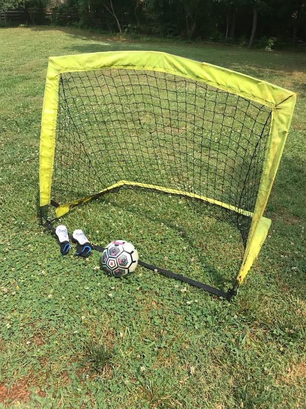 Soccer Goals For Sale >> Used Pop Up Soccer Goal Ball Shin Guards For Sale In Knoxville