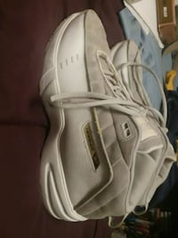 Men's Reebok shoes size 10 and 1/2