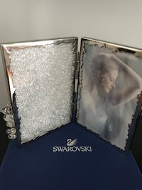Swarovoski Picture Frame Vaughan, L6A 2B3