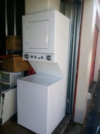 Stackable washer/dryer