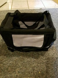 small dog carrier for car rides Clinton Township, 48035