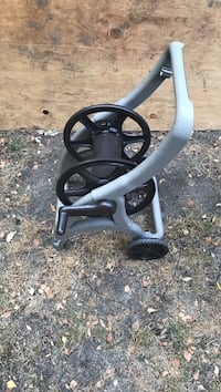 gray and black hose reel Seattle, 98133