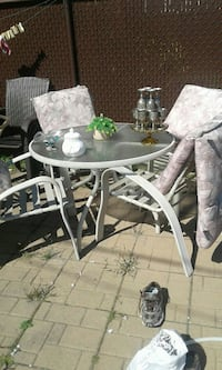 Set de table de jardin Laval, H7H 2Z5