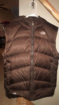 womens L/G North face vest with hood Jacket. JUST DISCOUNTED !